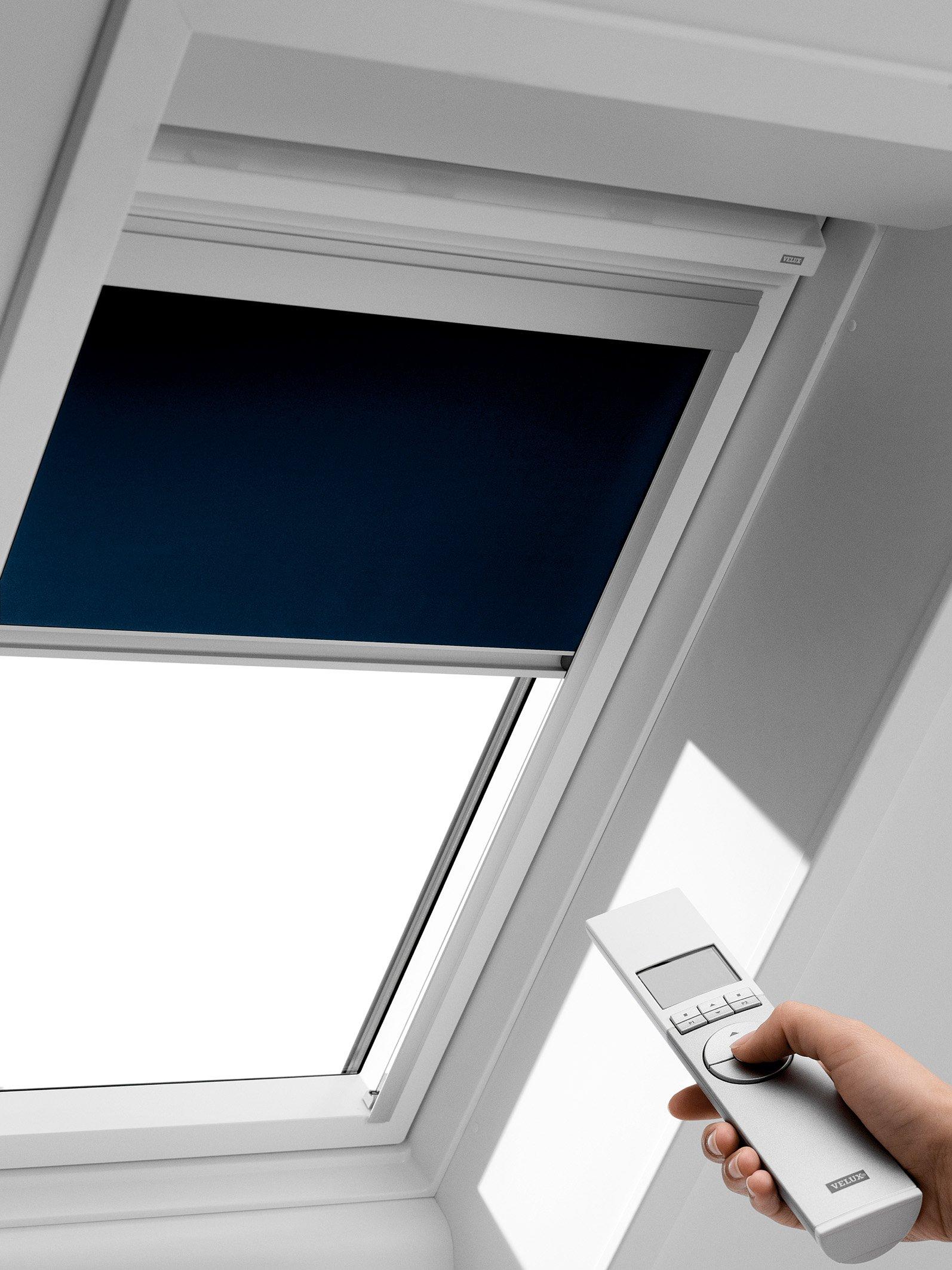 Rulouri opace velux dsl interioare for Velux shop finestre