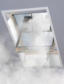 Fereastra pentru evacuare fum VELUX GGL 3070