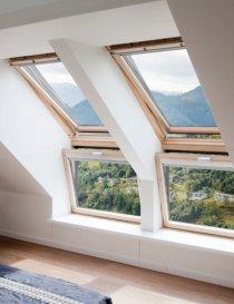 Fereastra verticala pentru combinatie cu fereastra de mansarda VELUX VFE 3066
