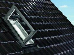 Fereastra de iesire pe acoperis pentru mansarde locuite ROTO WDA Designo R35 H WD