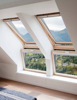 Fereastra verticala pentru combinatie cu fereastra de mansarda VELUX VFE 3070