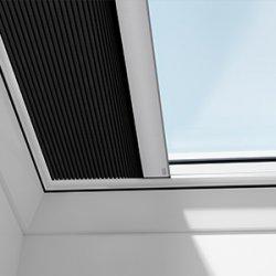 Rulouri opace VELUX FSK pentru ferestre pentru acoperis terasa